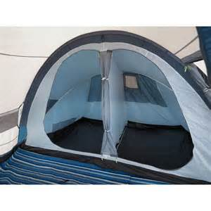 4 Man Tent With 2 Bedrooms Trespass Go Further 4 Man 2 Room Family Tent Tents