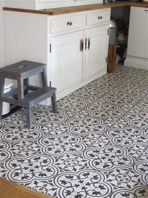 küchengestaltung fliesen nostalgie in der k 252 che diese mosaik zementfliesen sind