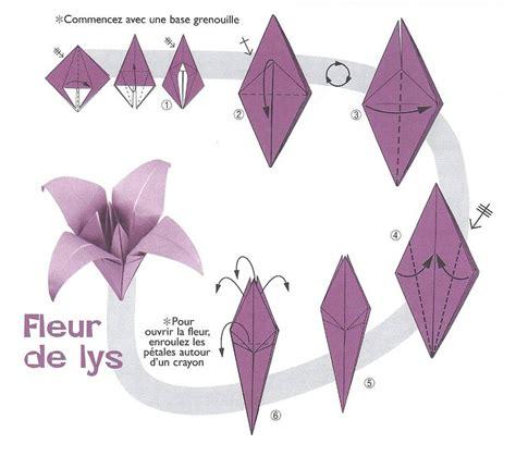 Fleur Origami - origami fleur de lys work origami