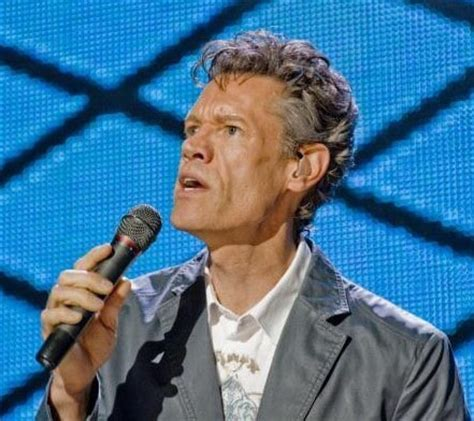 how is randy travis doing right now 2015 2015 greeting randy travis s surprise appearance at acms celebrity