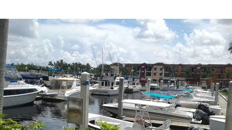 naples weekly boat rentals waterfornt naples florida downtown vacation rental