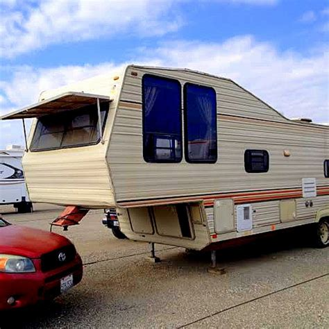 5th wheels with 2 bedrooms 2 bedroom fifth wheel bedroom at real estate
