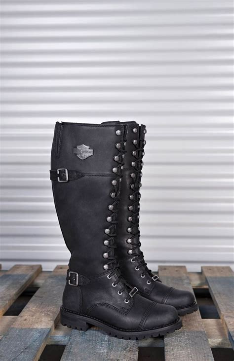 footwear for motorcycle 1000 ideas about womens harley davidson boots on