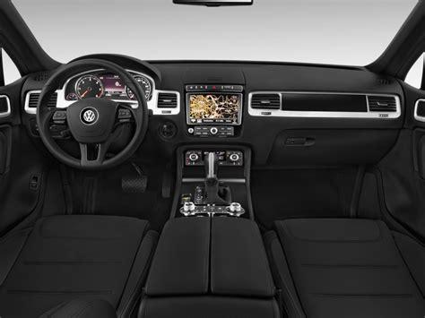 volkswagen touareg 2016 interior image 2016 volkswagen touareg 4 door tdi lux dashboard