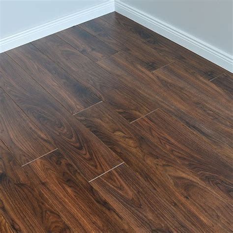 Laminate Wooden Flooring   Wood Floors at Cheap Prices
