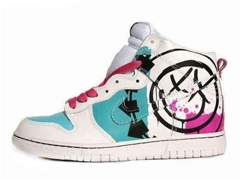 Nike Dunk X Blink 182 nike blink 182 custom dunks smiling logo shoes for