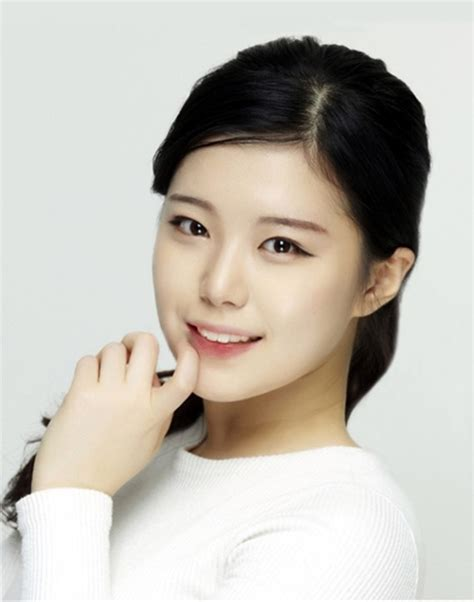 korean actress died in car accident sassy go go actress dies in car accident