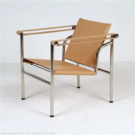 corbusier bench le corbusier basculant chair modernclassics com