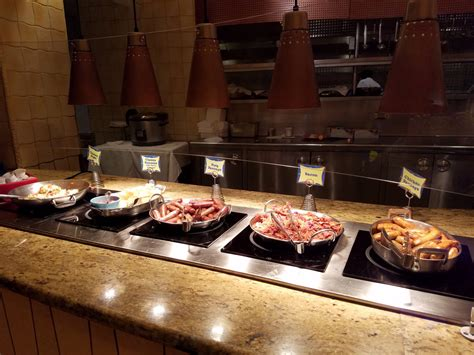 Goofy S Kitchen Dinner by Goofy S Kitchen Offers Abundant Food And Awesome Character