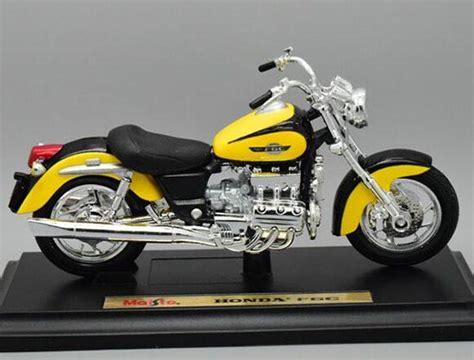 Maisto Motor Ducati Scrambler Yellow Skala 118 yellow 1 18 scale maisto diecast honda f6c model