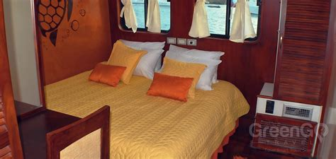 catamaran anahi galapagos anahi galapagos catamaran greengo travel
