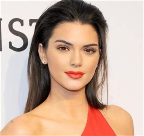 kendall jenner biography wikipedia kendall jenner wiki facts age boyfriend pregnancy and car