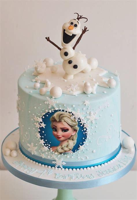 Freezer Cake frozen theme cake redridinghoodbakery