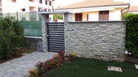 ingresso pedonale costruzione nuova abitazione con annessa piscina privata
