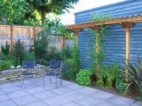small patio ideas budget: small backyard privacy trees bsm elegant backyard fence ideas
