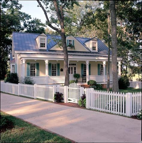 southern house plans on pinterest traditional house colonial cottage country craftsman farmhouse southern