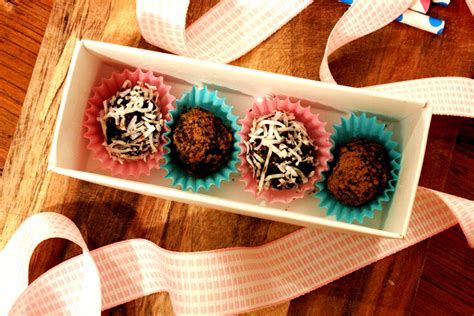 organic treat recipes organic treat recipe delicious truffles treats a la bark organic treats