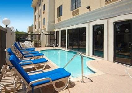 comfort inn kenner la comfort suites airport in kenner la swimming pool