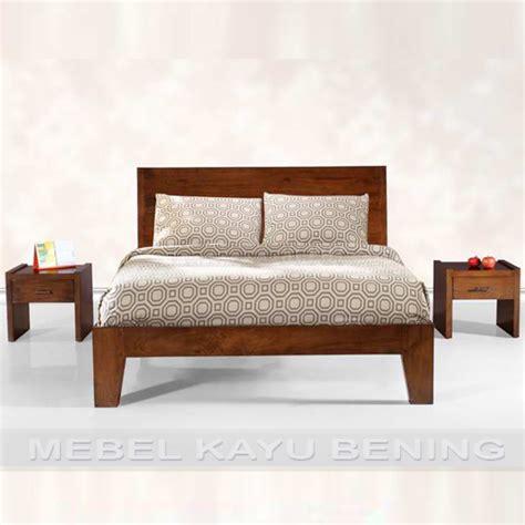 desain kamar kayu set kamar tidur desain minimalis kayu jati kbkt 002