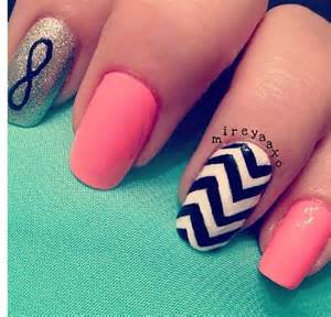 color for nails color and chevron design nails nail designs
