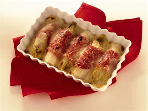 come cucinare l insalata belga ricetta insalata belga al forno donna moderna