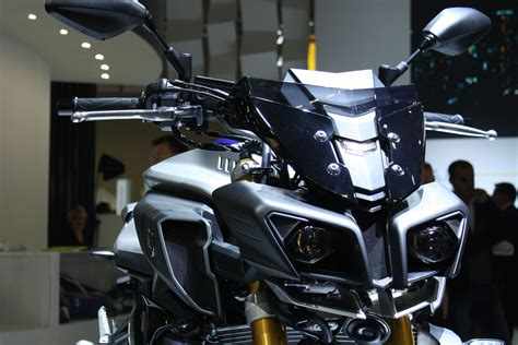 Yamaha MT 10 SP video   Visordown