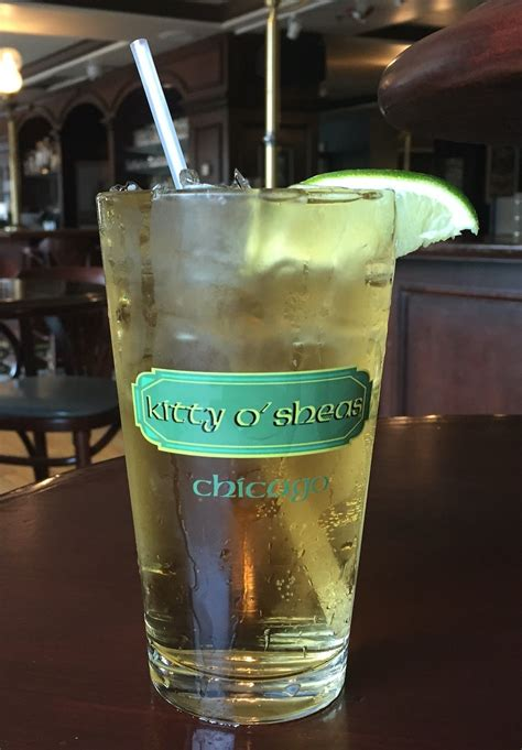 chicago ingredients top st paddy s drink recipes from iconic hotels in chicago for drinks