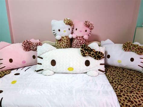 hello kitty bedroom game 1000 ideas about hello kitty rooms on pinterest hello