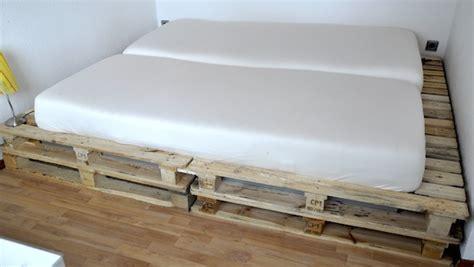 Paletten Möbel Bauen by Bett Aus Europaletten