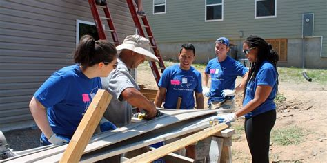Fuqua Mba Pathways Programs by Building Fuqua On Board And Habitat For Humanity