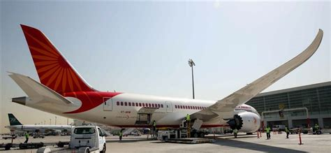 emirates cgk dxb dxb welcomes air india s dreamliner flight from kochi