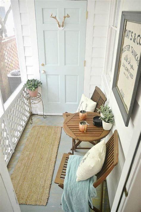 Kasur Lantai Satu Set inspirasi desain untuk balkon dan teras sempit rumah dan