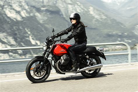 Retro Motorrad F R Anf Nger by Hi Res Photos Of The New Moto Guzzi V7 Bikes Released