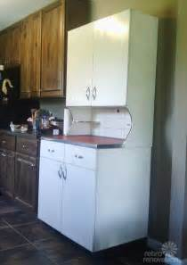 Retro Kitchen Cabinets For Sale by Rare Vintage Youngstown Kitchens Metal Hutch Retro