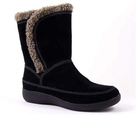 easy spirit snow boots easy spirit s warmfeet snow winter boots black