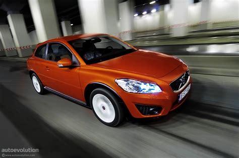 volvo 4 door hatchback volvo preparing five door hatchback for 2012 autoevolution
