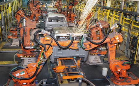 Chrysler Manufacturing Plants by Chrysler Restarts Production At Seven Of Its