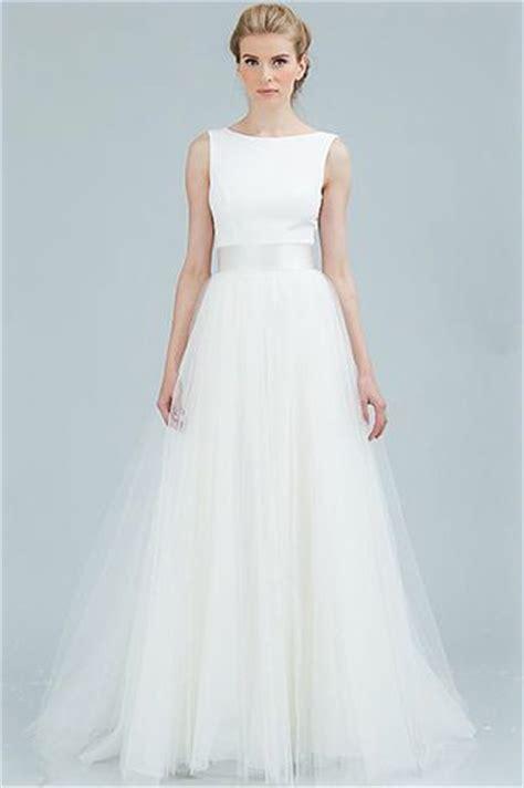 Bateau Wedding Dress by Bateau Neckline Wedding Dresses For The Chic Mywedding