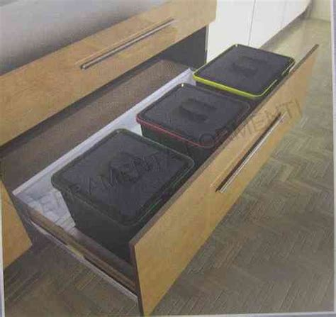 cassetto cucina pattumiere raccolta differenziata per cassetto formenti