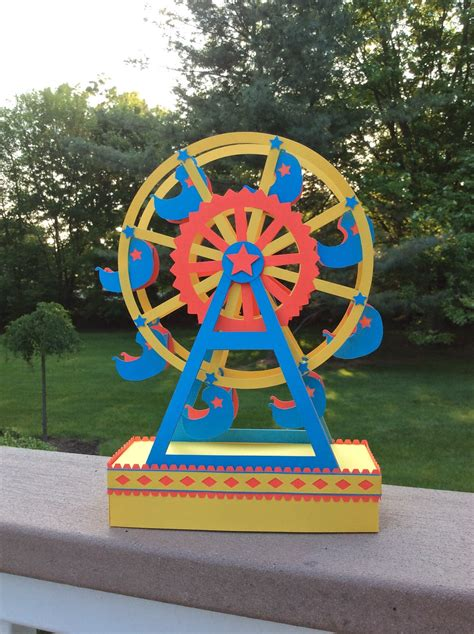 Papercrafts And Other Fun Things A Paper Ferris Wheel Ferris Wheel Template Paper