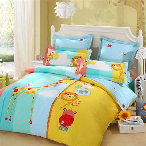 bedding for a lovo happy zoo height measure 100 cotton giraffe bedding set home decoration bed