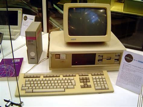 Meja Komputer Makassar komputer dari pac ke daenggassing