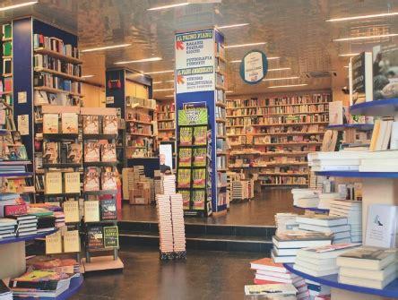 libreria mondadori caserta comunico caserta 187 caserta buoni libri mamme sul piede