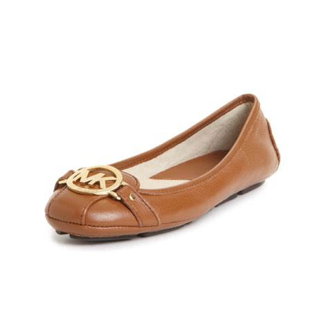 mk flats shoes michael kors michael fulton moc flats in brown luggage