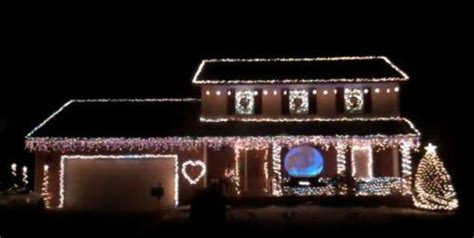 Must See Christmas Light Displays In Northeast Ohio Light Display To