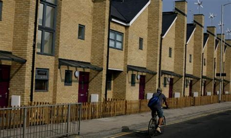 Council House Right To Buy Discount Increases To 163 50 000 Society The Guardian