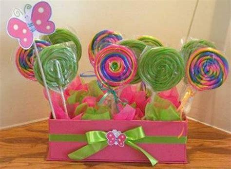 you tube como hacer arreglos con dulces y globos centros de mesa con dulces dale detalles