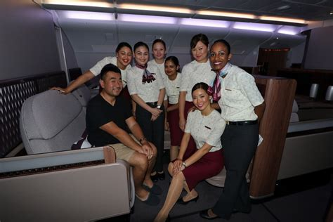 qatar airways cabin crew emirates vs qatar vs etihad who has the best class