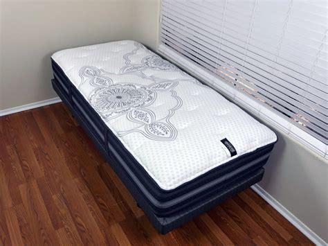 simmons beautyrest black mattress review