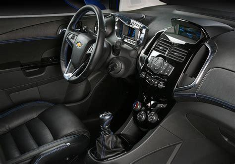 Fu Matten Auto Chevrolet Aveo by Chevrolet Pr 228 Sentiert Hei 223 Es Showcar Aveo Rs 187 Presse24
